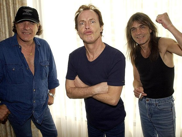 Malcolm Young i AC/DC död