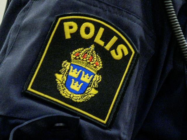 Kvinna rånad under barnvagnspromenad