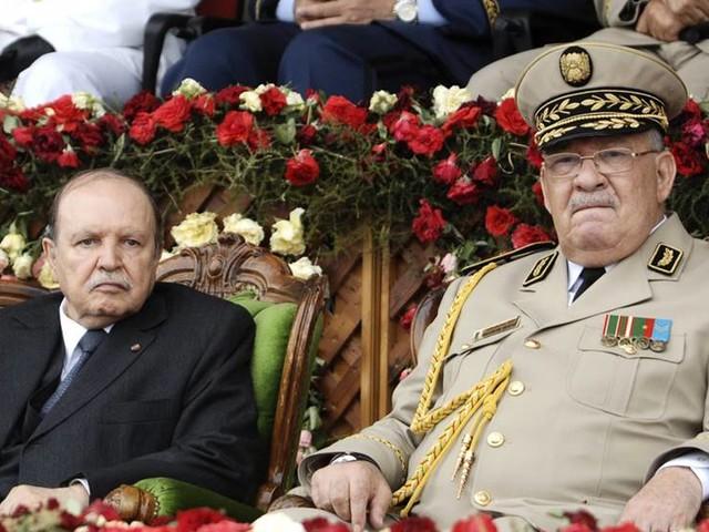 Inga demonstranter tillåts åka till Alger