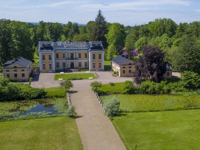 Här är slottet som kan bli ditt för 30 miljoner