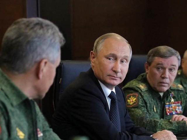 Ryssland: Militärinsatser i Syrien minskas