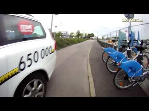 FILM: Bilar på Kruthusgatans cykelbana ett problem enligt Trafikverket