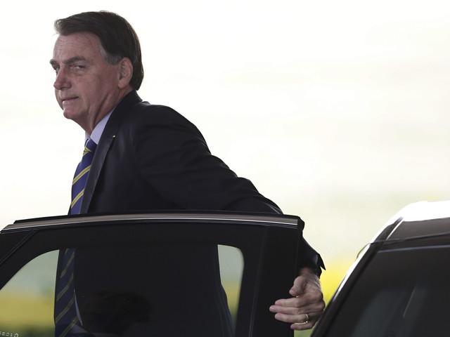 Inspelning skakar hårt pressad Bolsonaro