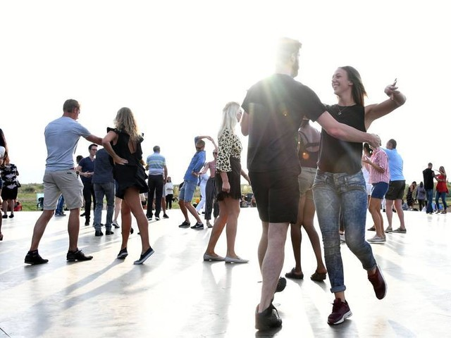 Ny dansbana vid Ribergsborgs kallbadhus invigs i juni
