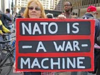 Att avskaffa Nato, en monstruös organisation