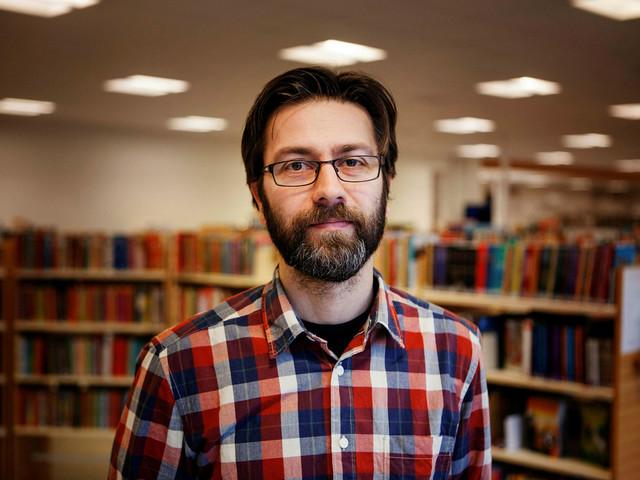 Biblioteket förlorar en tjänst vid flytten – stress och oro risk för personalen