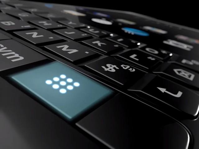 Aptitretare för BlackBerry Key2 visar dubbla bakre kameror