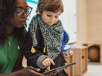 Nu kan du skicka ungarna på sommarläger – hos Apple