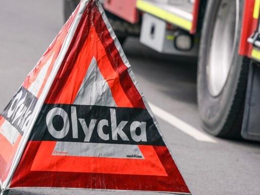 Larm: Brand i lastbil – riksväg 23 avstängd