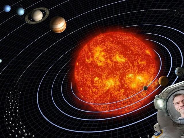 Utforska rymden med fem riktigt spejsade tjänster