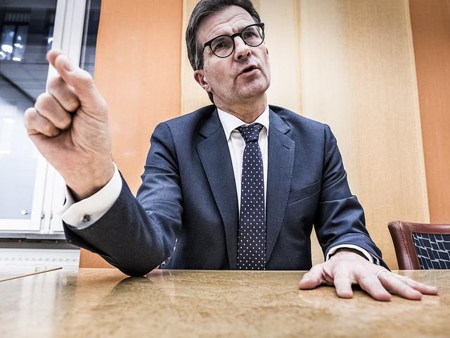 FI ser allvarligt på uppgifter om Swedbank