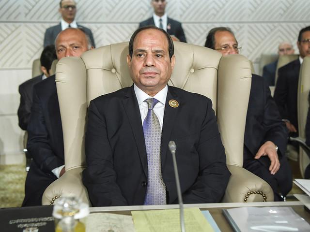 Egyptens president vann parlamentsomröstning