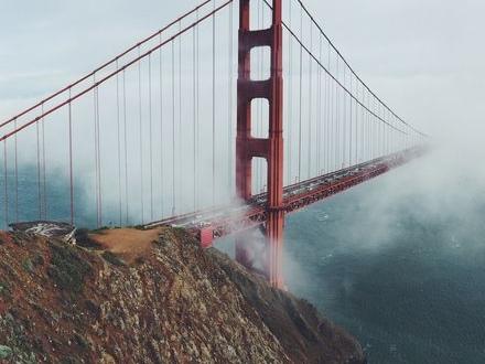 San Francisco och Oakland stämmer oljeföretag