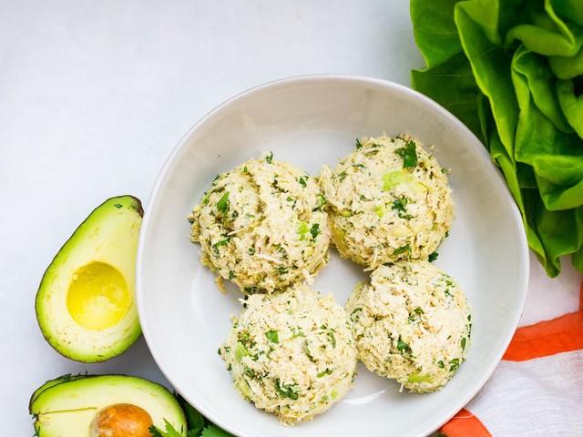 Kycklingröra med avokado och koriander
