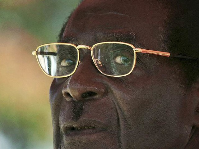 Zimbabwe laddar för presidentskifte