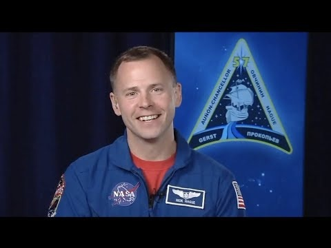 Astronauten Nick Hague snackar om sin avbrutna resa till rymden