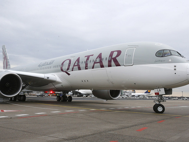Qatar Airways går in i Cathay