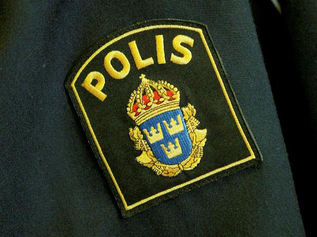 Bilist förföljd och attackerad av flera personer