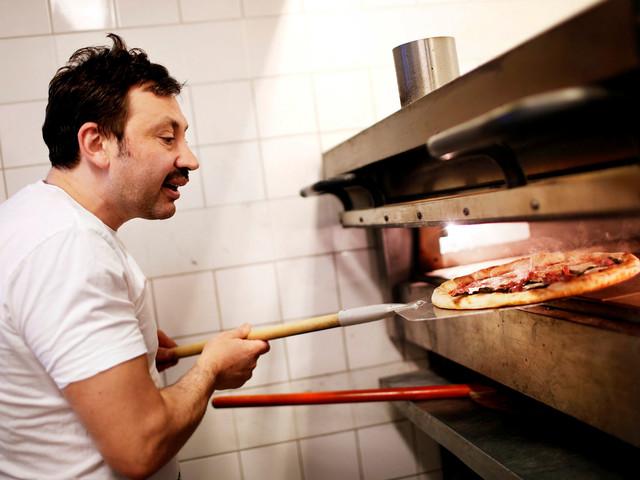 Hyllad pizzarestaurang öppnar vid Värnhem