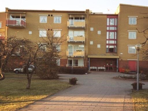 Bygga nytt för dyrt – Lägenheterna kan göras om till trygghetsboende