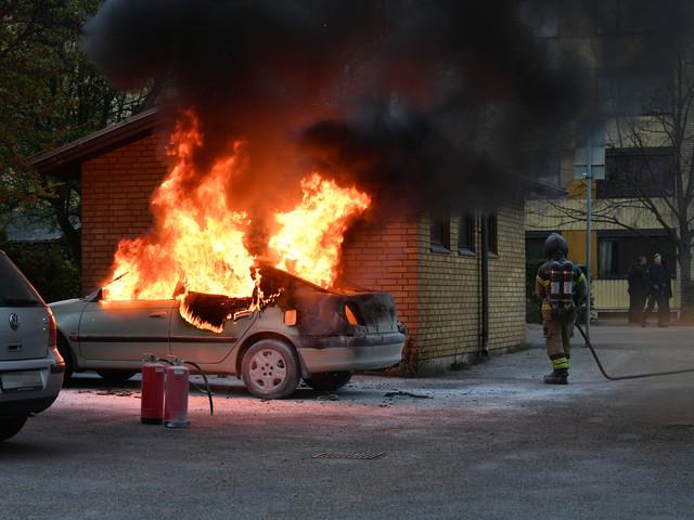 Två bilbränder i Malmö inom loppet av några minuter