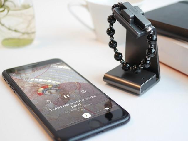 Vatikanen lanserar smart radband