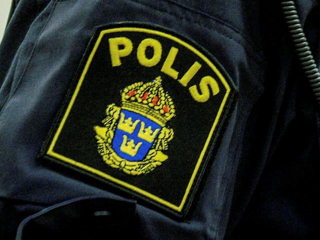 Man i Malmö utsatt för väpnat rån av tre personer på moped