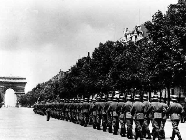 Blev föräldralös i kriget – kräver tyska pengar