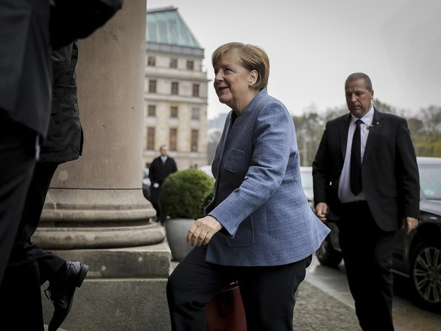 Merkel: Väldigt olika positioner