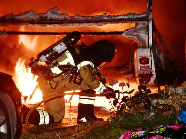 Villa räddad från häftig brand