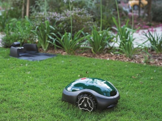 Robomow RX50u och RoboVision