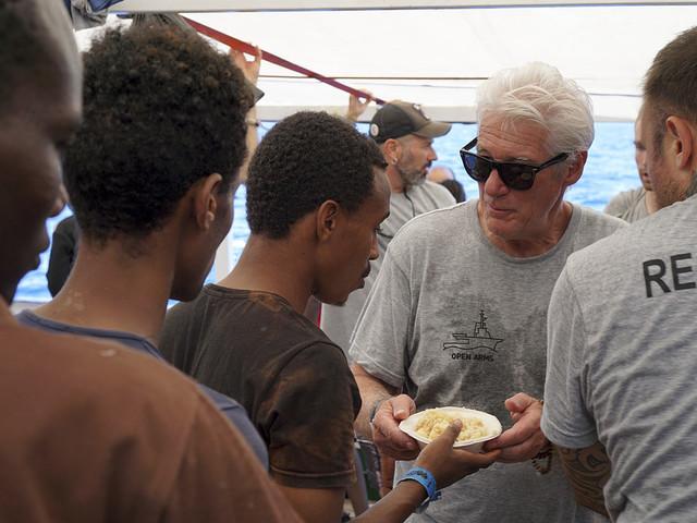 Richard Gere steg ombord på migrantskepp