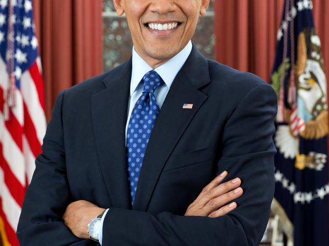 Charmige Obama tjänar stora pengar på Wall Street ett år efter sin avgång.