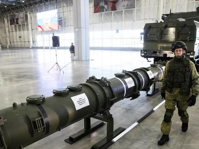 Tunga veteranpolitiker i upprop om kärnvapen