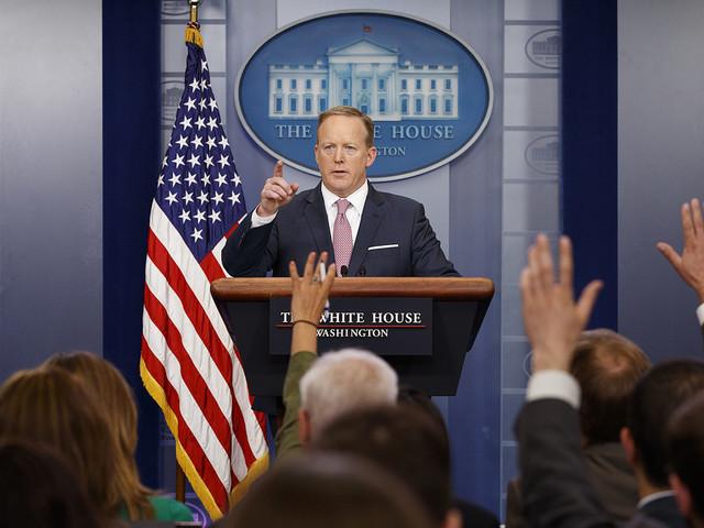 CNN utmanar Vita huset – med tecknare