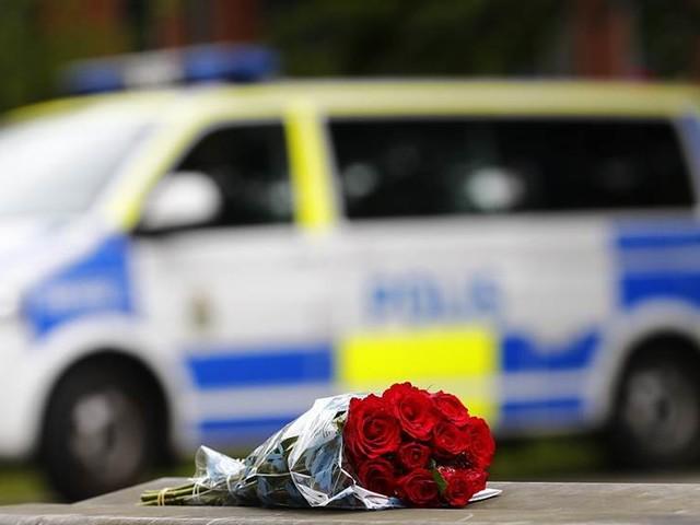 Tyst minut för död polis
