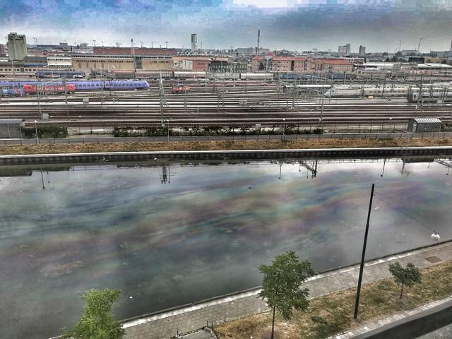 Bensinutsläpp i Malmös kanaler