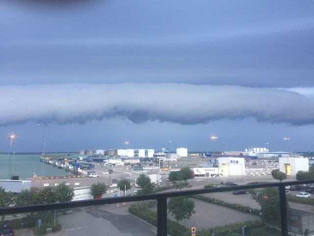 Mäktiga molnet fick folket på sydkusten att häpna