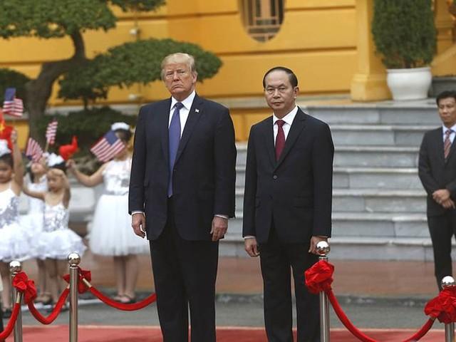 USA:s president erbjuder sig medla i öbråk