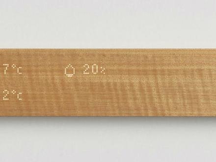 Mui Labs har byggt in en pekskärm i en planka