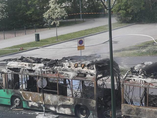 Ingen skadad vid bussbrand i Malmö