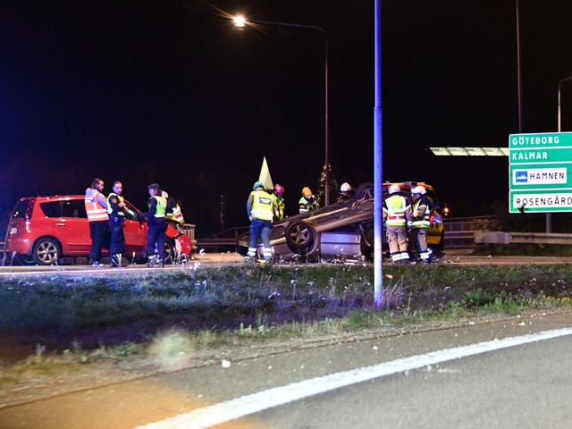 Tre till sjukhus efter trafikolycka i Malmö