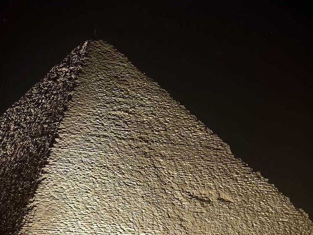 Grav med 40 sarkofager upptäckt i Egypten