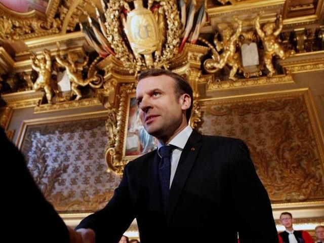 Historisk tapet på väg att lämna Frankrike