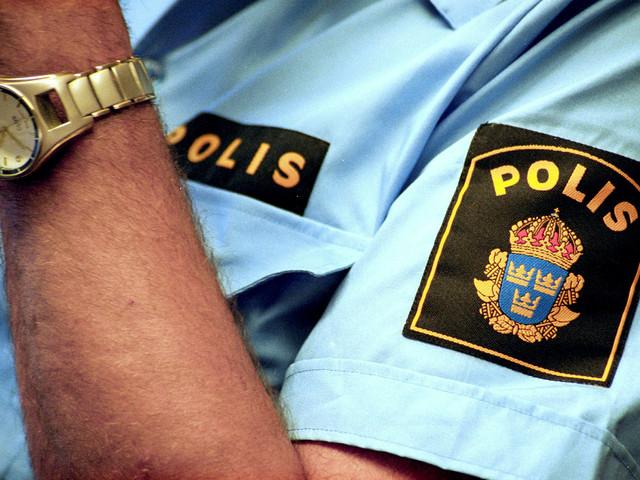 Poliser och brandmän ska testas för covid-19