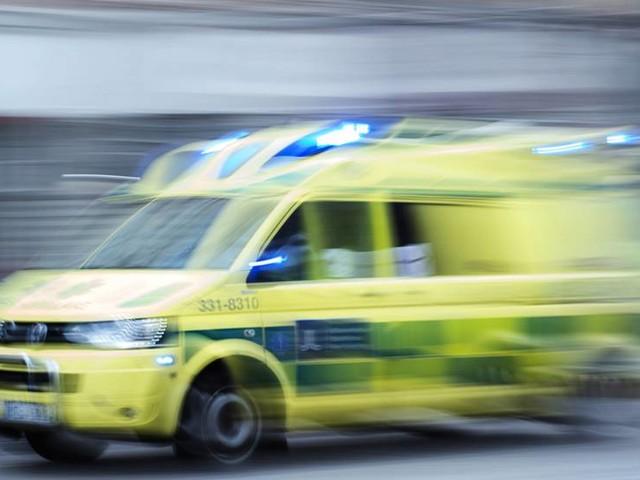 Man dog i arbetsplatsolycka – föll från tak