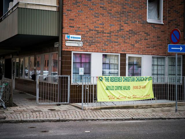 Frikyrkoledare döms till fängelse för miljonsvindel