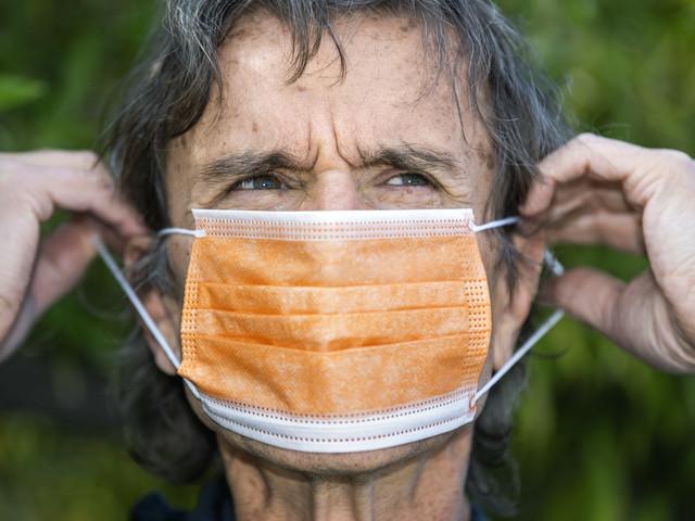 Ansiktsmask klent skydd mot viruset