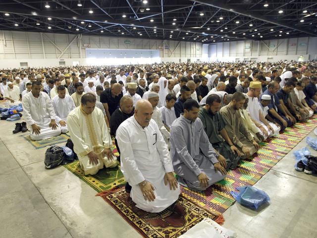 Religiösa träffar okej i Frankrike