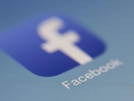 Nyhetsbyråer vill ha betalt av Facebook och Google